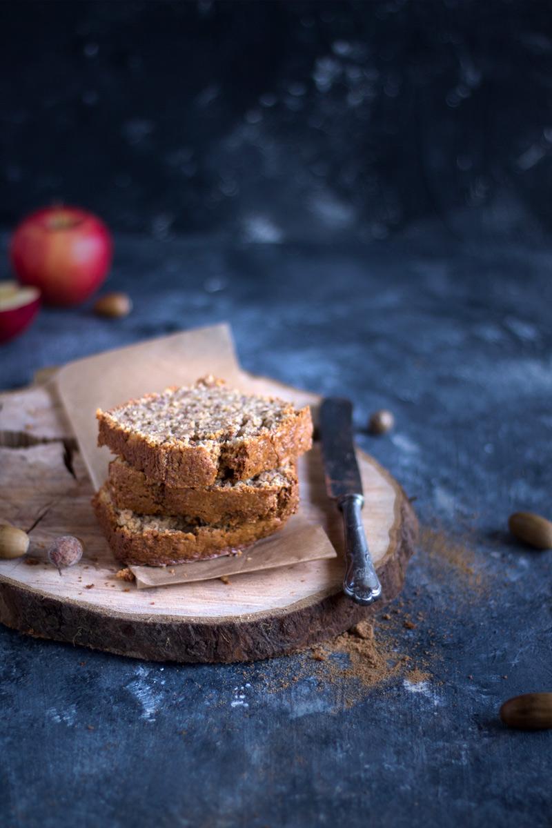 Rezept für veganen Apfel Nusskuchen